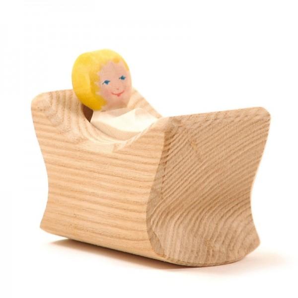 Ostheimer Kind mit Wiege 1006