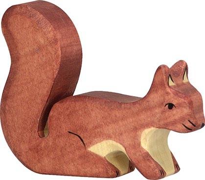 Holztiger Eichhörnchen stehend braun